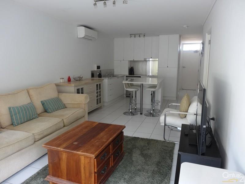 4/33 Fourth Avenue, Sawtell - Holiday Unit/Apartment Rental in Sawtell