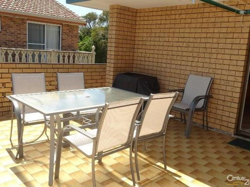 1/16 Second Avenue, Sawtell - Holiday Townhouse Rental in Sawtell