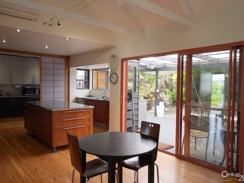 20 Eleventh Avenue, Sawtell - Holiday House Rental in Sawtell