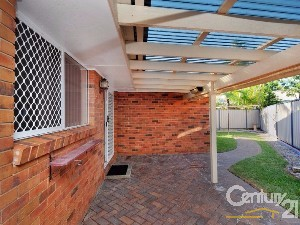 CENTURY 21 Foreshore 2 Farms Property of the week