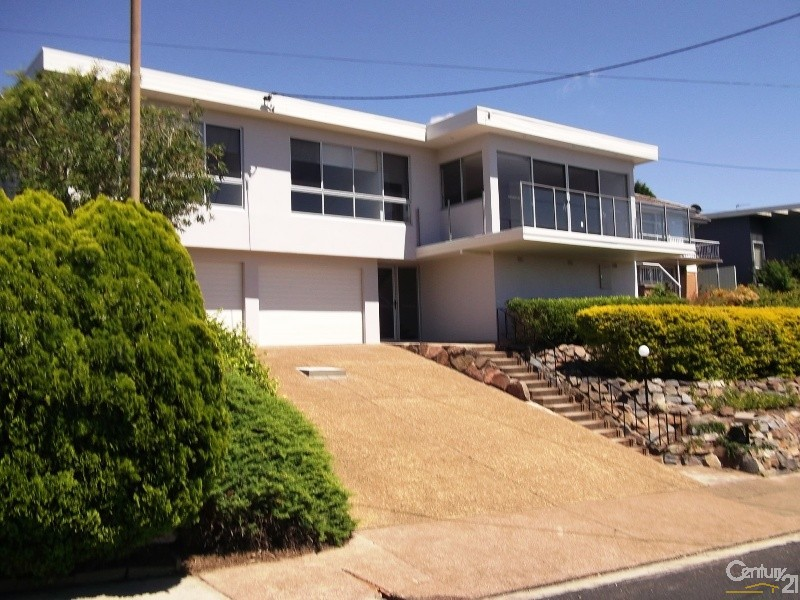 68 Woodward Street, Merewether - House for Rent in Merewether