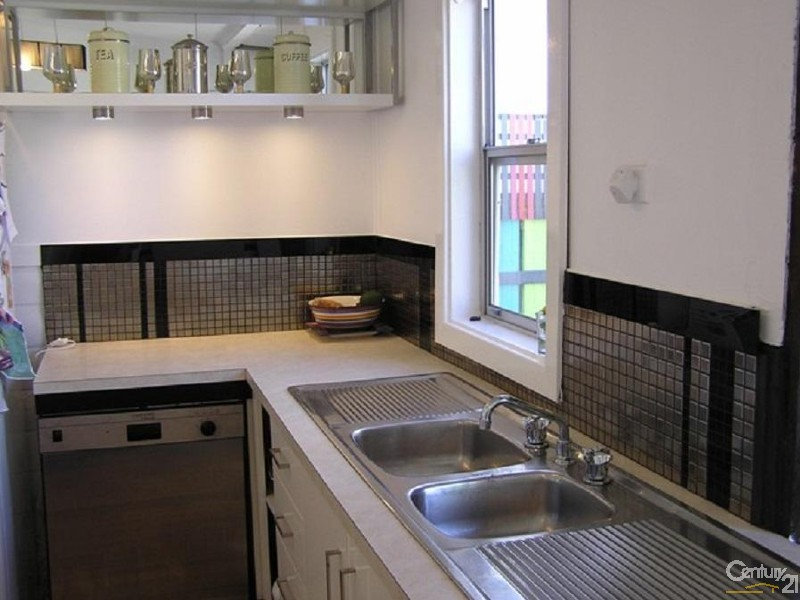 26 Fullerton Street, Stockton - House for Rent in Stockton