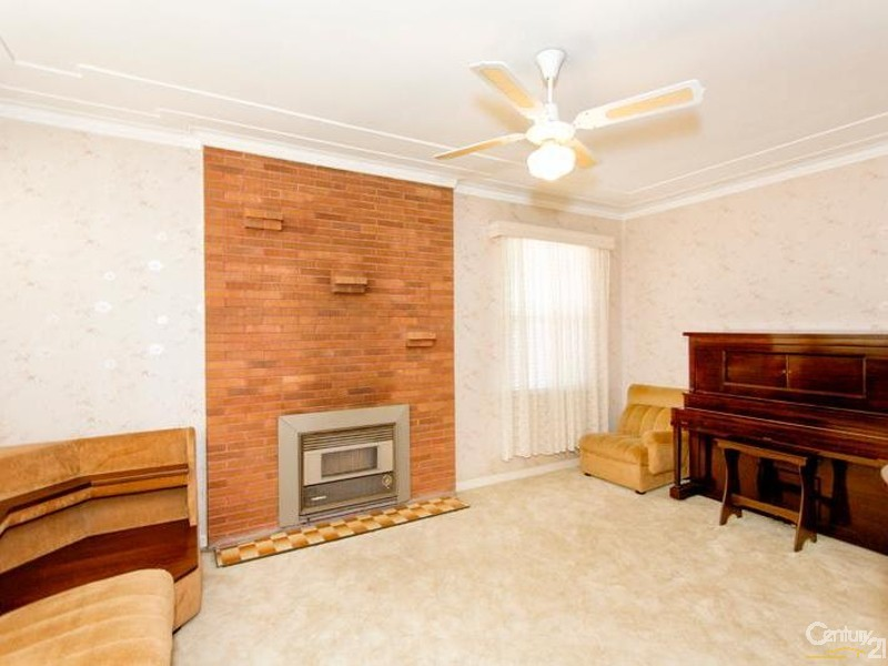 48 Lucas Crescent, Adamstown Heights - House for Sale in Adamstown Heights