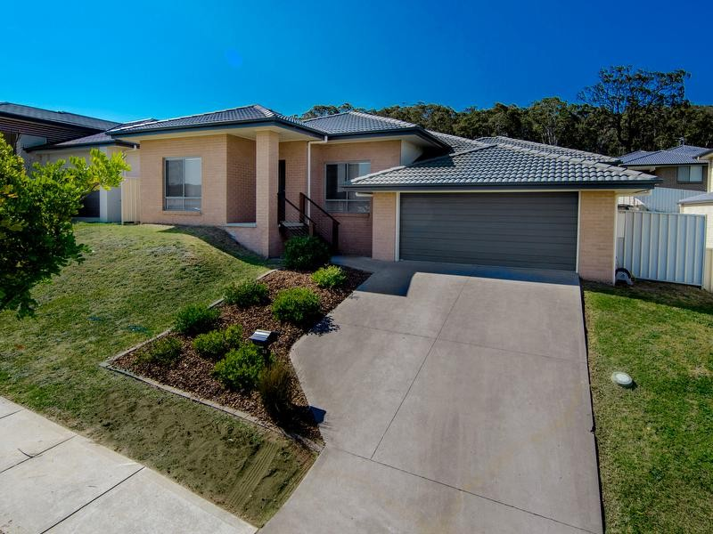 32 Blackwood Circuit, Cameron Park - House for Sale in Cameron Park