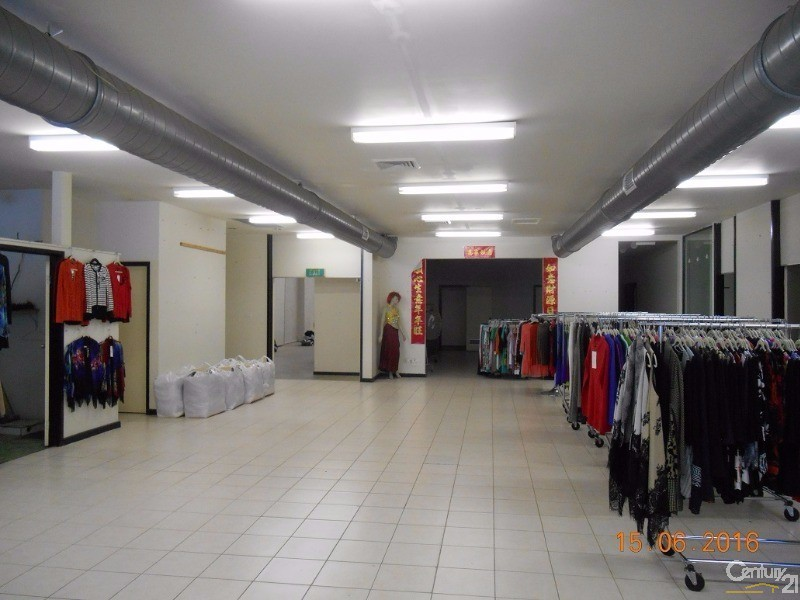 2/15-17 Rosalie, Springvale - Commercial Showrooms/Bulky Goods Property for Lease in Springvale