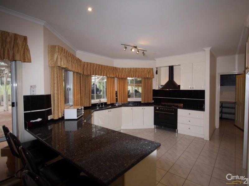2-4 Cranston Close, Narre Warren North - House for Sale in Narre Warren North