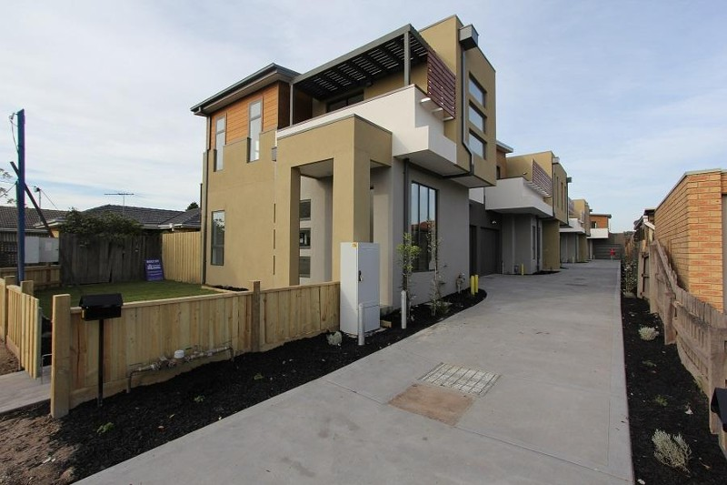 2/15 Henry Street Noble Park, Noble Park - Townhouse for Sale in Noble Park