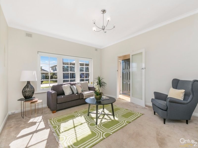 Formal Living - 4 McLachlan Avenue, Glenelg North - House for Sale in Glenelg North