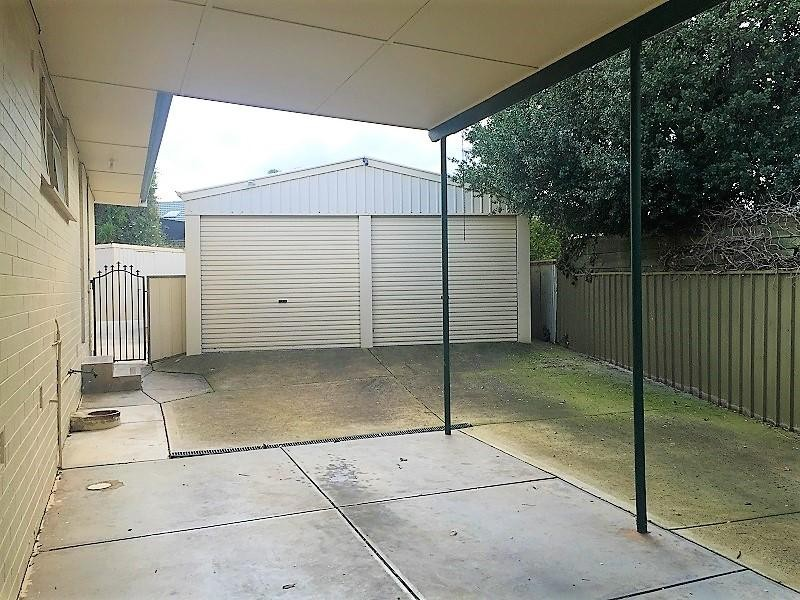 16 Oxford Crescent, Modbury - House for Rent in Modbury