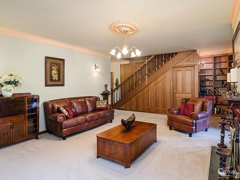 4 Pochin Street, Macclesfield - House for Sale in Macclesfield