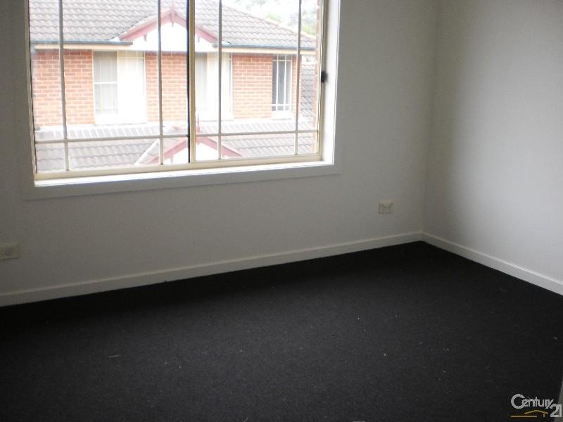 2/229 Port Hacking Road, Miranda - Townhouse for Rent in Miranda
