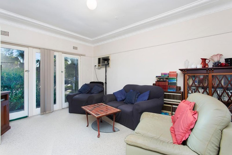 10 Anzac Street, Miranda - House for Rent in Miranda