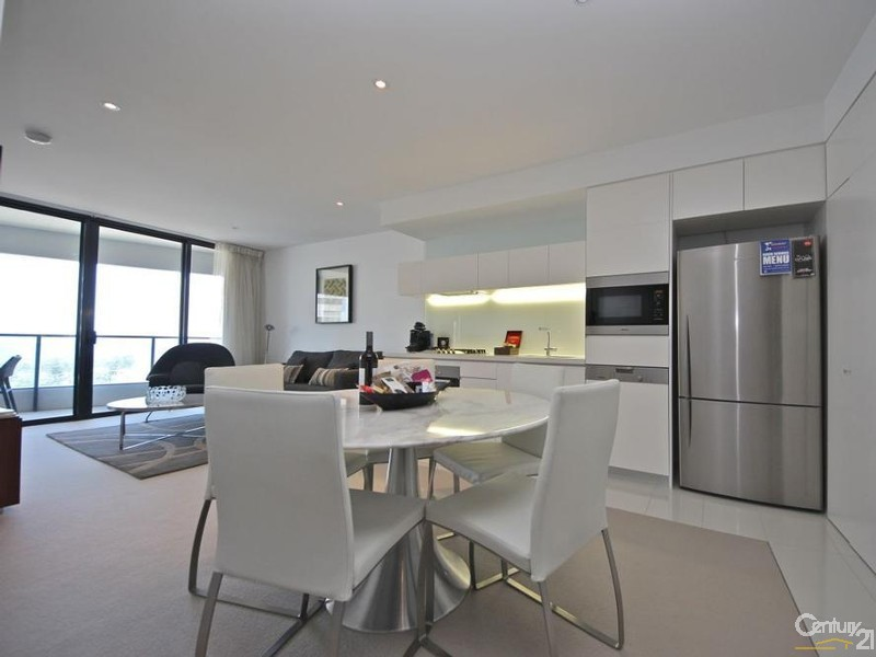 4 Charles Avenue, Broadbeach - Unit for Sale in Broadbeach