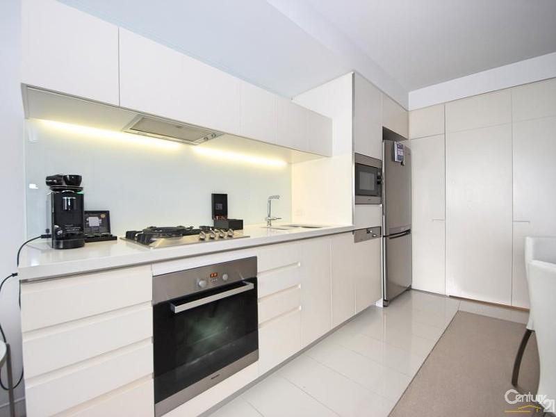 Unit for Sale in Broadbeach QLD 4218