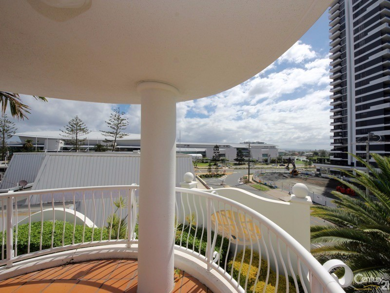 24-26 Queensland Avenue, Broadbeach - Unit for Sale in Broadbeach