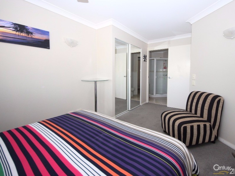 5 Fourth Ave, Burleigh Heads - Unit for Sale in Burleigh Heads