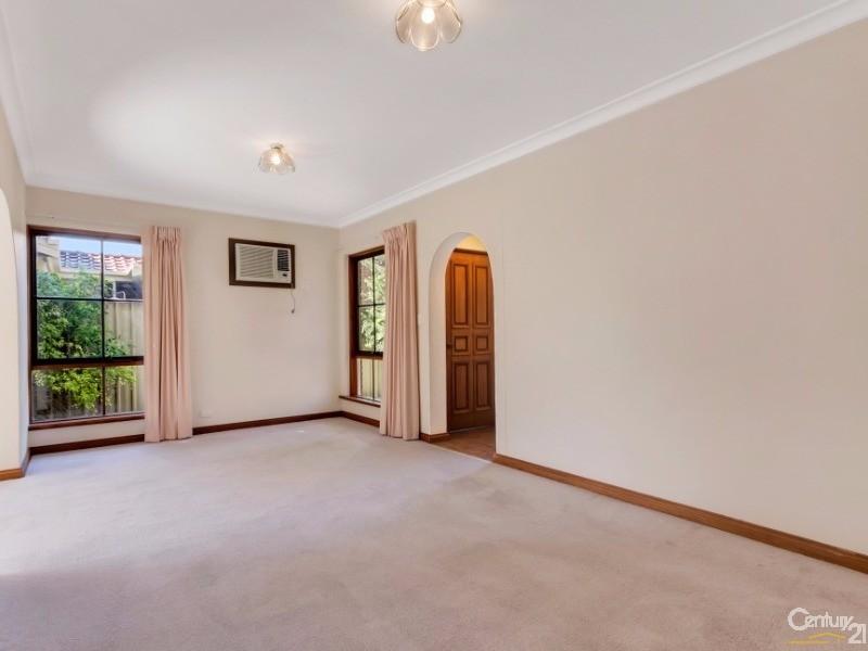2/3-5 Boundary Road, Glenelg South - House for Sale in Glenelg South