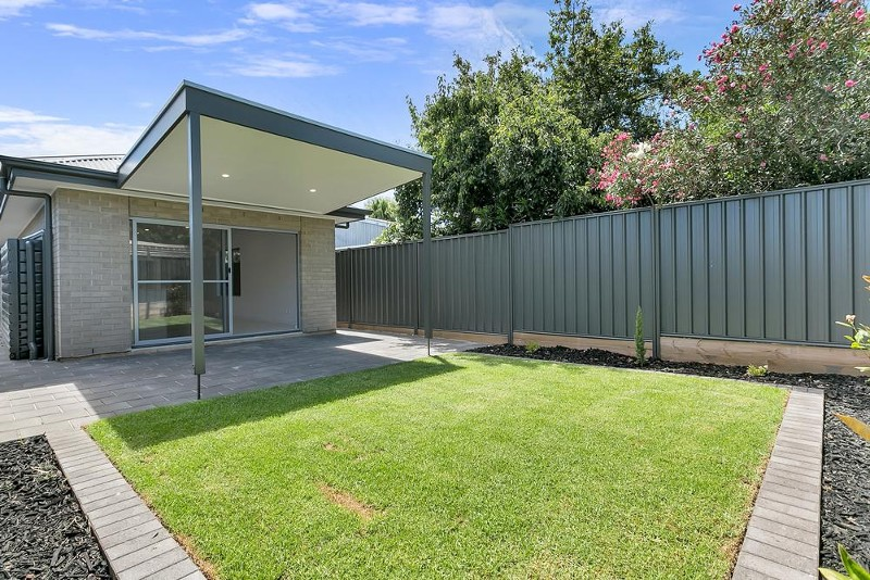 2F Howard Street, Dover Gardens - House for Sale in Dover Gardens