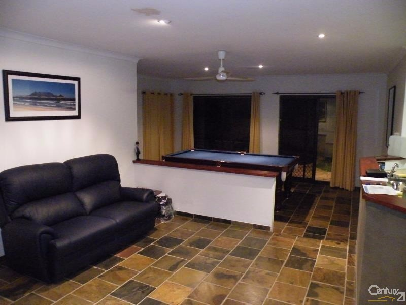 3 Torwood Grove, Edgewater - House for Rent in Edgewater