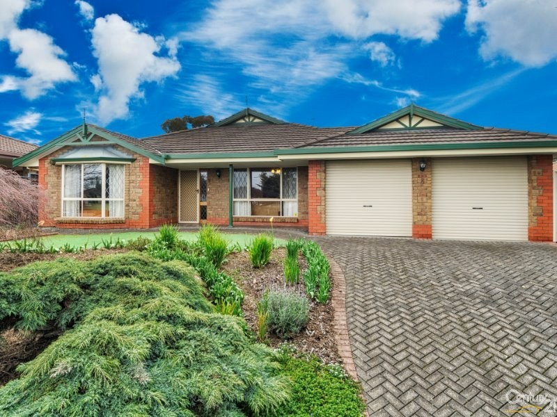 8 Lowry Court, Flagstaff Hill - House for Sale in Flagstaff Hill