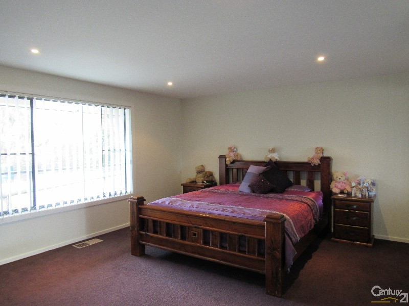 173W Apsley Street, Walcha - House & Land for Sale in Walcha