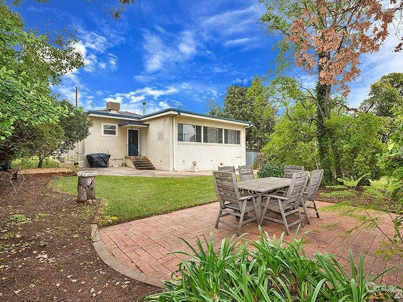 38 Hill Street, East Tamworth - House for Sale in East Tamworth