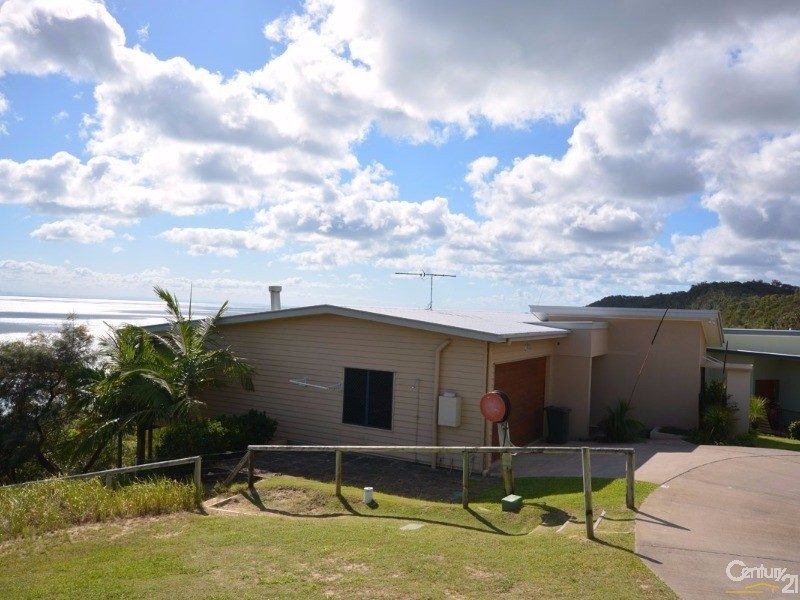 13 Trochus Place, Tangalooma - House for Sale in Tangalooma