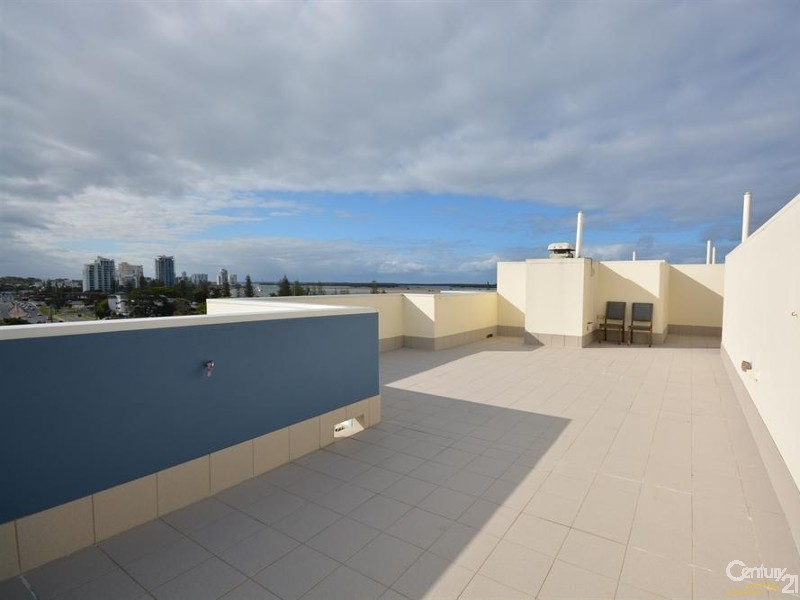 Roof top terrace - 27/136 Marine Parade, Southport - Apartment for Sale in Southport