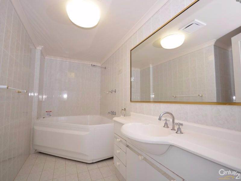 11/510 Marine Parade, Biggera Waters - Apartment for Sale in Biggera Waters