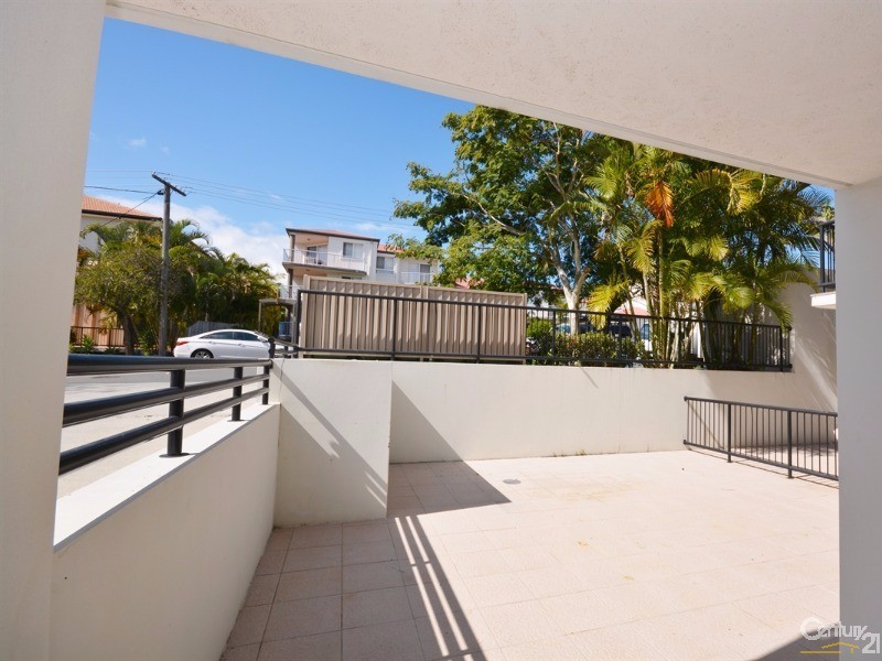 Apt 3 Courtyard - 15-17 Lloyd Street, Southport - Apartment for Sale in Southport