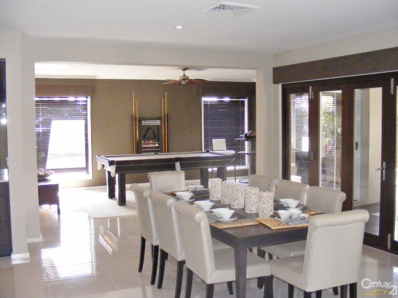 2 Conestoga Way, Upper Coomera - House for Rent in Upper Coomera