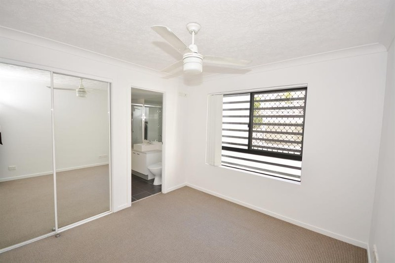 15-17 Lloyd Street, Southport - Apartment for Sale in Southport