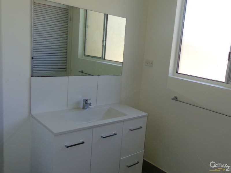 1/183 Gympie Road, Tin Can Bay - Unit for Rent in Tin Can Bay