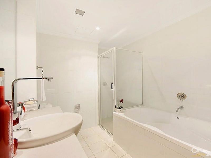 Bathroom - 8 Lachlan Street, Waterloo - Apartment for Sale in Waterloo