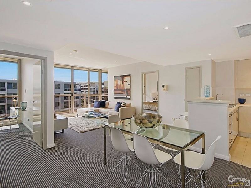 Living - 8 Lachlan Street, Waterloo - Apartment for Sale in Waterloo