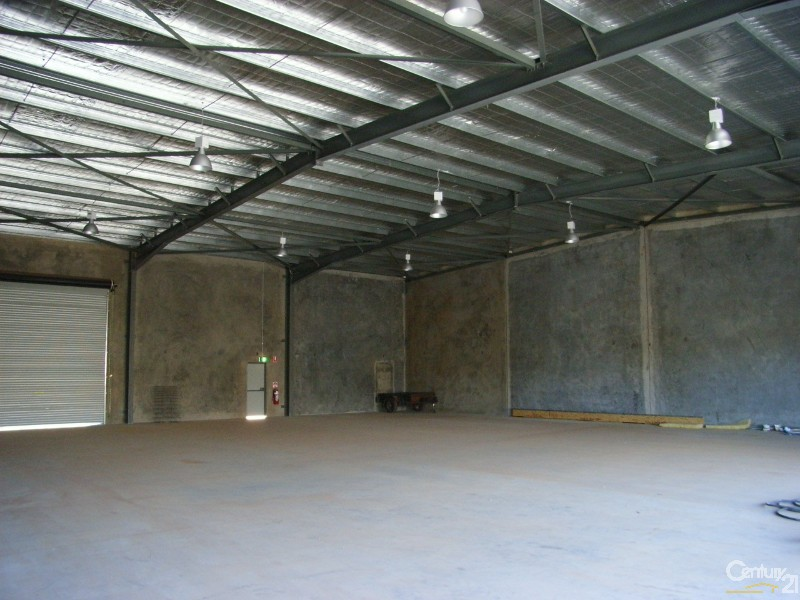 2/1 Boyd Cct, Parkes - Commercial Property for Lease in Parkes