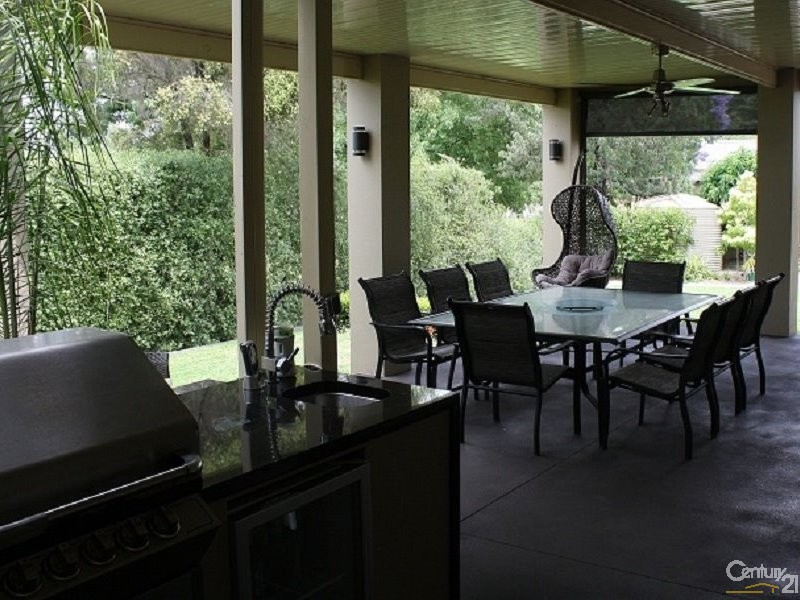 House for Sale in Parkes NSW 2870