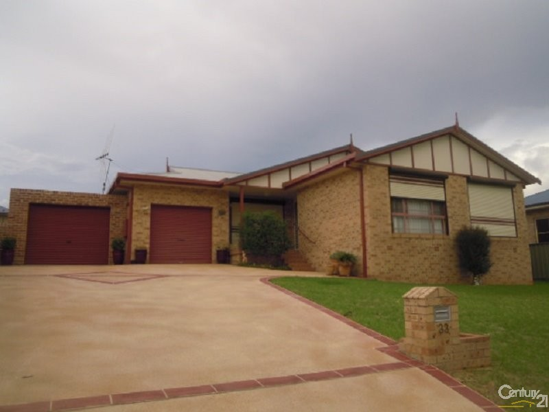 33 Park Street, Parkes - House for Sale in Parkes