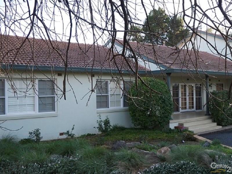 16 Molong Road, Parkes - House for Sale in Parkes