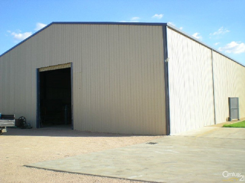 8 Frogley Street, Parkes - Commercial Property for Lease in Parkes
