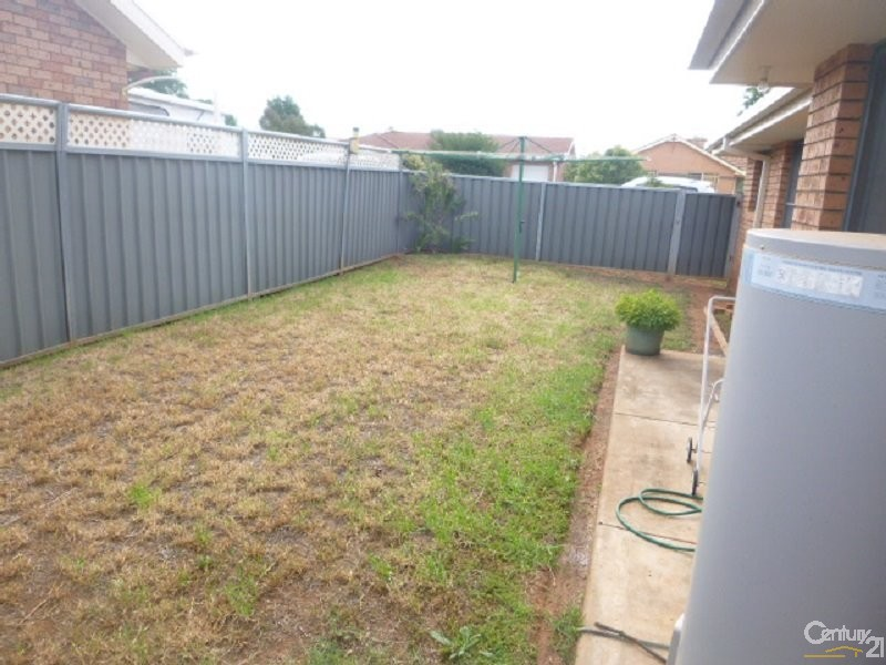 1 - 3/24 Ebelina Crescent, Parkes - Townhouse for Sale in Parkes