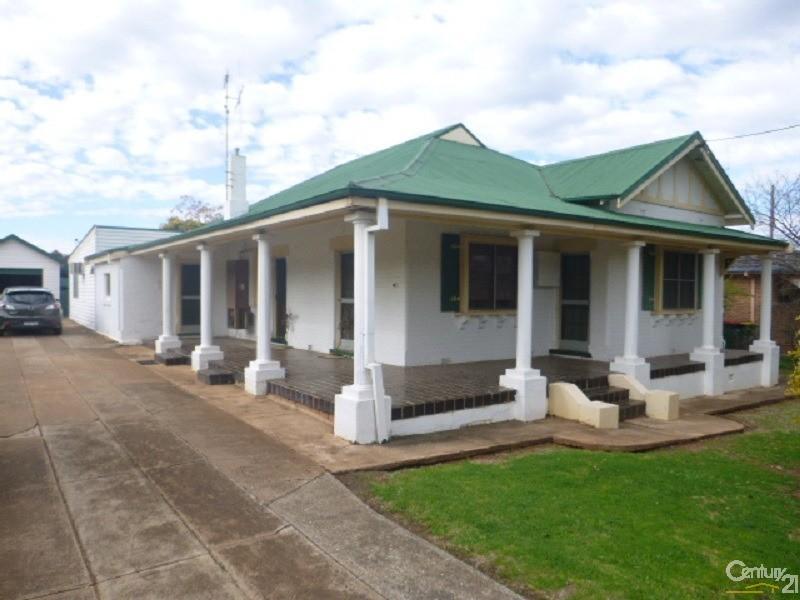 3 Hedgerow Avenue, Parkes - House for Sale in Parkes