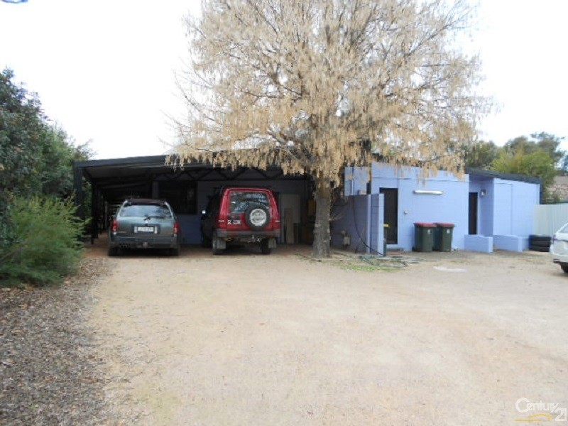 18 Welcome Street, Parkes - Commercial Property for Lease in Parkes