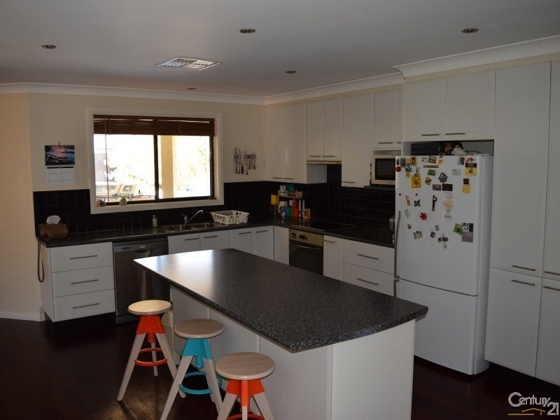 49 Forbes Road, Parkes - House for Sale in Parkes