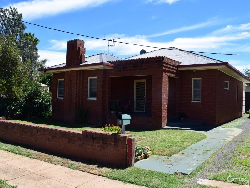 4 Rose Street, Parkes - House for Sale in Parkes