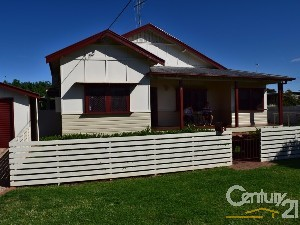 CENTURY 21 Hunter Real Estate Parkes Property of the week