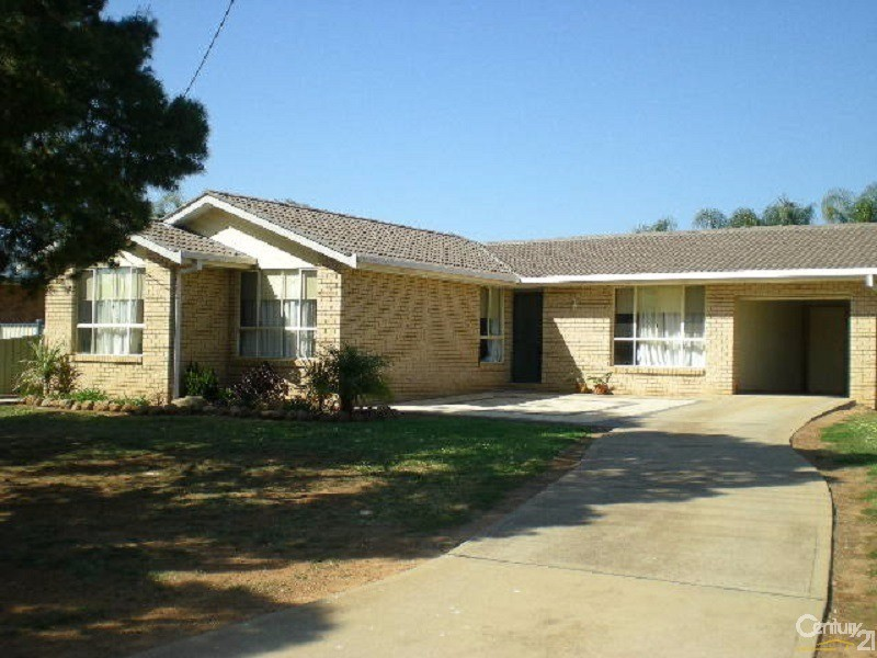 55 Medlyn Street, Parkes - House for Sale in Parkes
