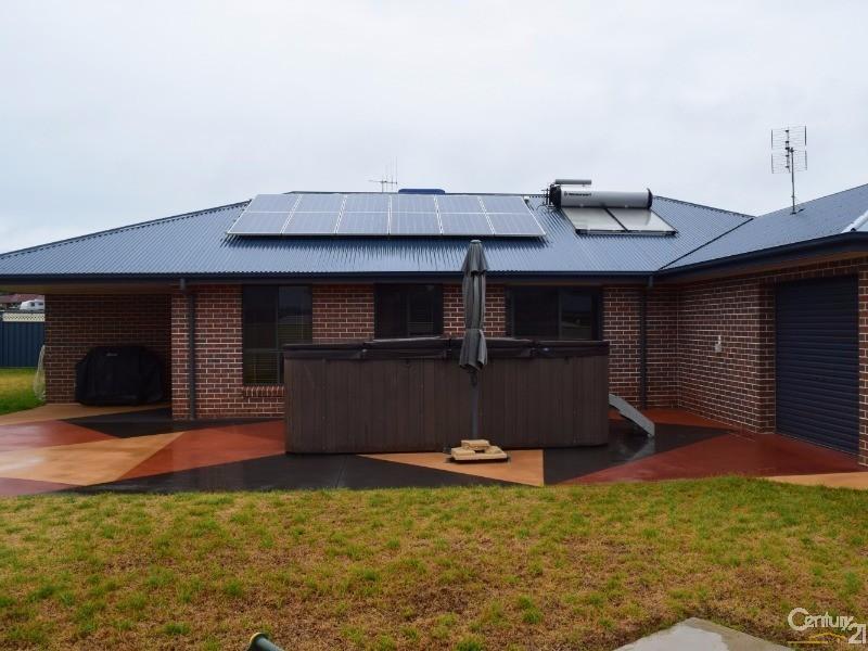 9 Mossgiel Close, Parkes - House for Sale in Parkes