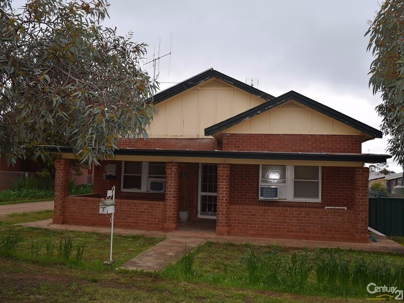 3 McGlynn Street, Parkes - House for Sale in Parkes