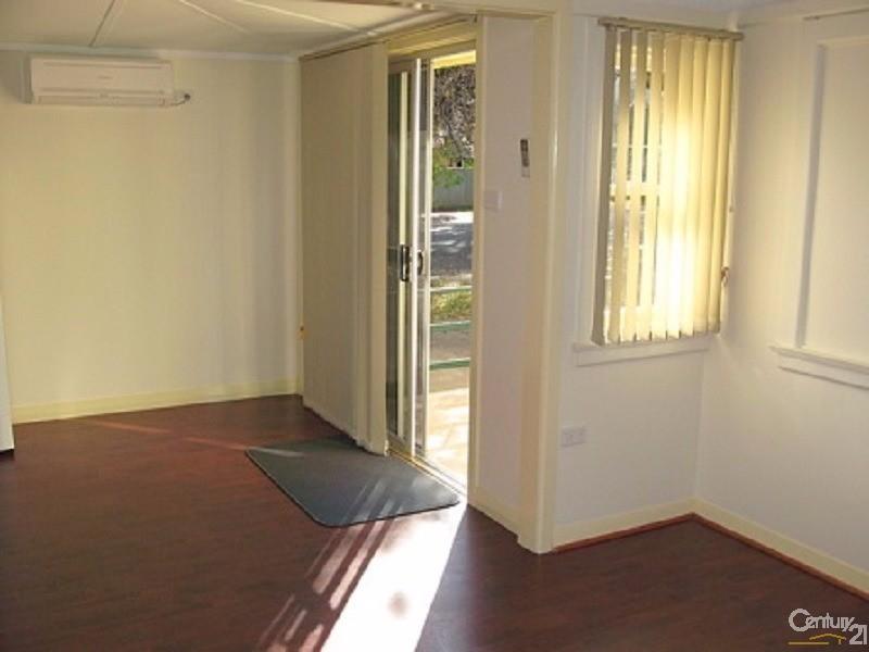 7-9 Clarinda Street, Parkes - Unit for Sale in Parkes